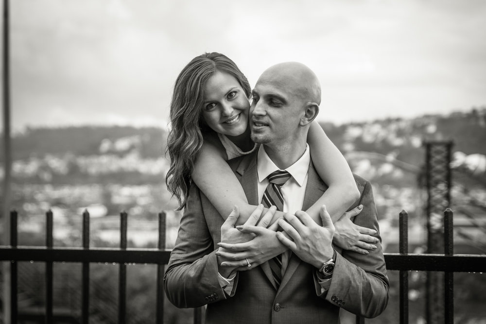 Best Pittsburgh Engagement Picture Photographer-18.jpg