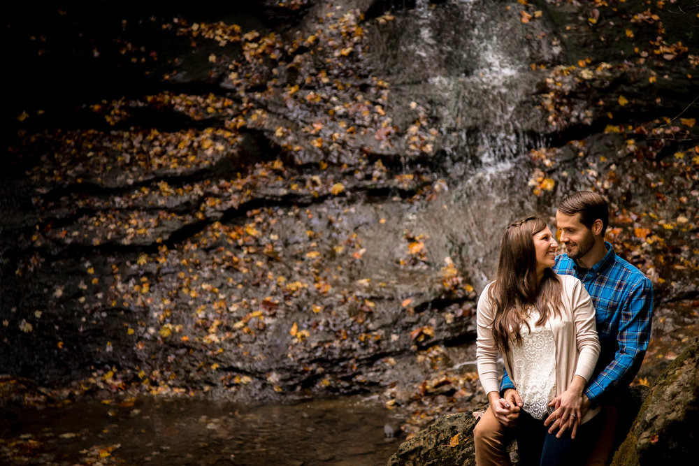 Best Pittsburgh Engagement Picture Photographer-20.jpg
