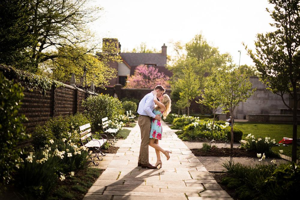 Mellon Park Engagement Pictures-3.jpg