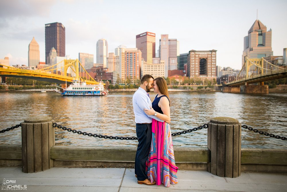 North Shore Riverwalk Engagement Pictures_0724.jpg