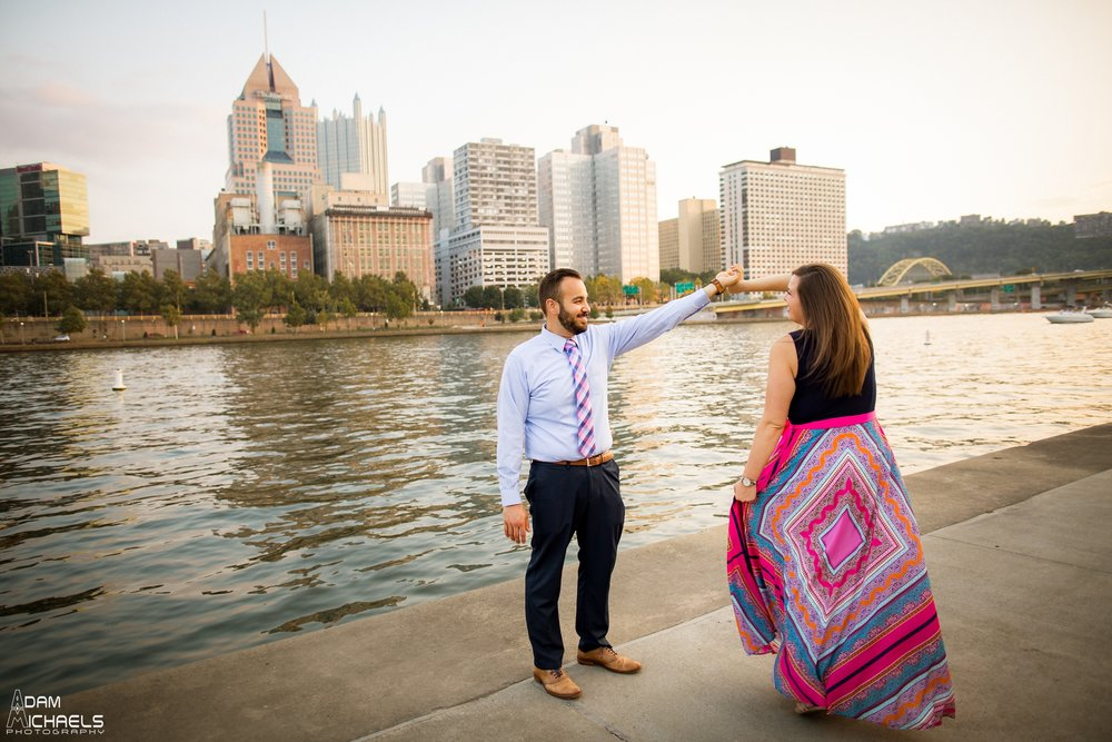 North Shore Riverwalk Engagement Pictures_0729.jpg