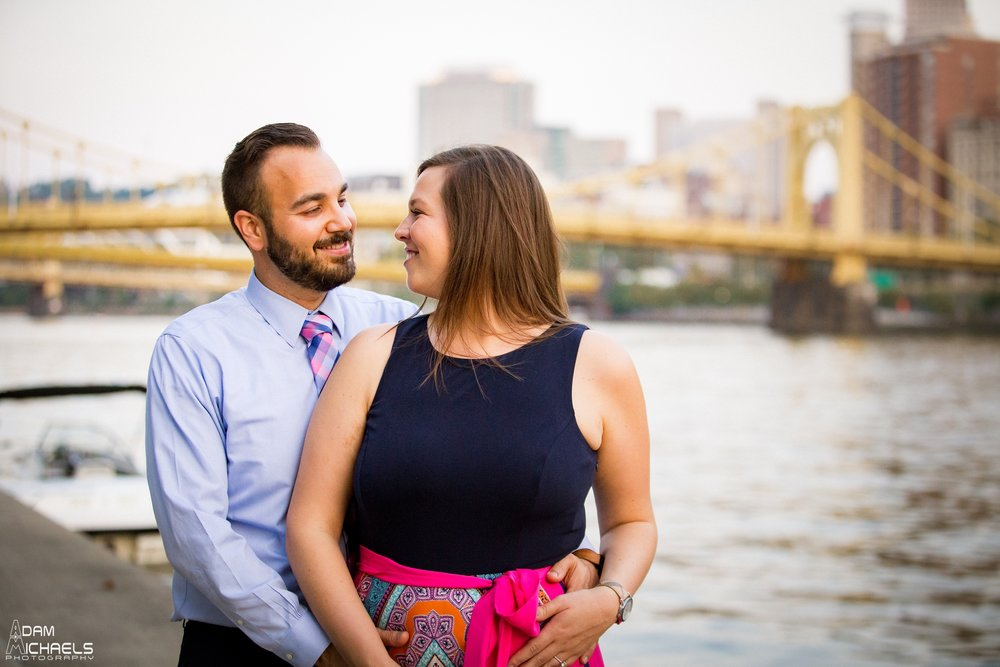 North Shore Riverwalk Engagement Pictures_0733.jpg