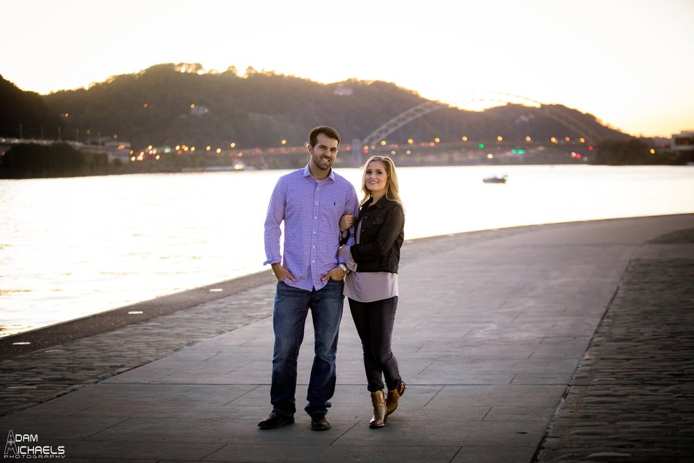 Sunset North Shore Point Engagement Pictures_0890.jpg