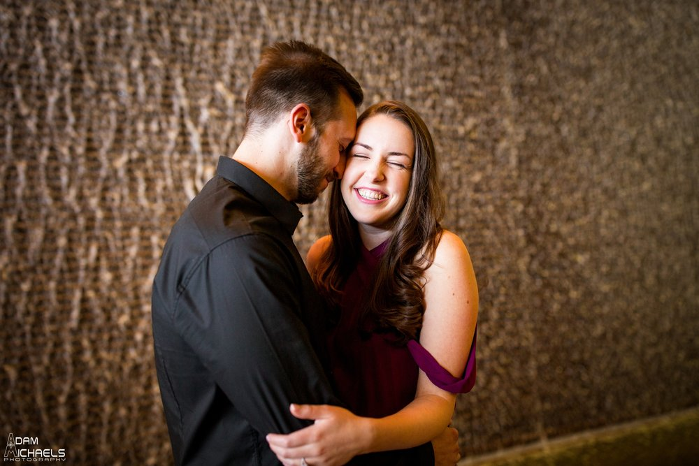 Downtown Pittsburgh Fall Engagement Pictures_1467.jpg