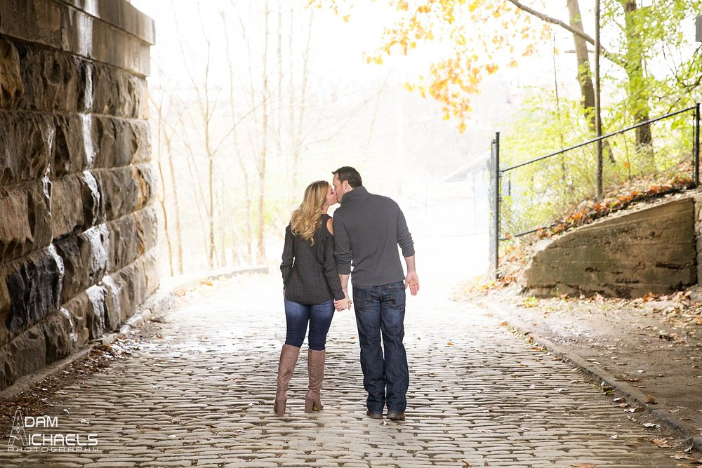 Schenley Park Fall Engagement_0228.jpg