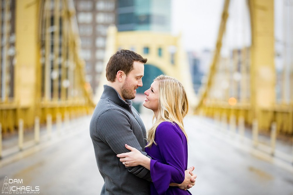 Clemente Bridge Pittsburgh Engagement_0245.jpg
