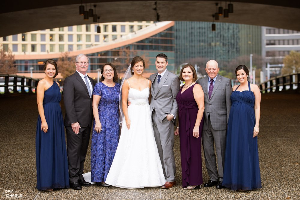 First Look Pittsburgh Point Wedding Pictures_1782.jpg