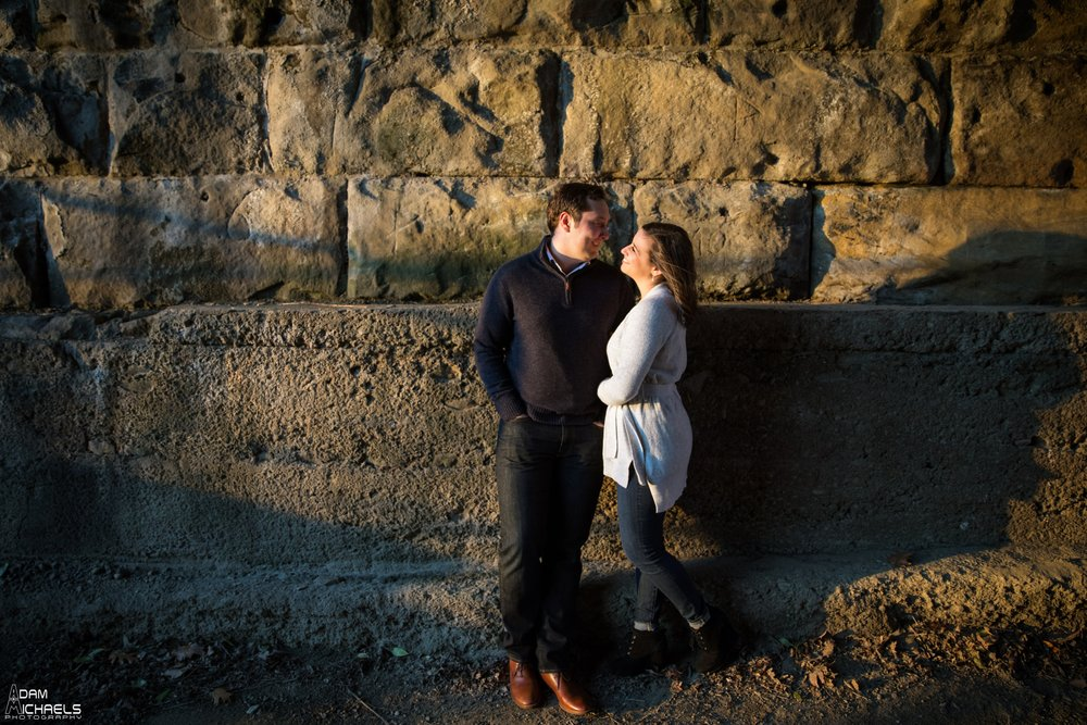 Pittsburgh Winter Engagement Pictures_1831.jpg