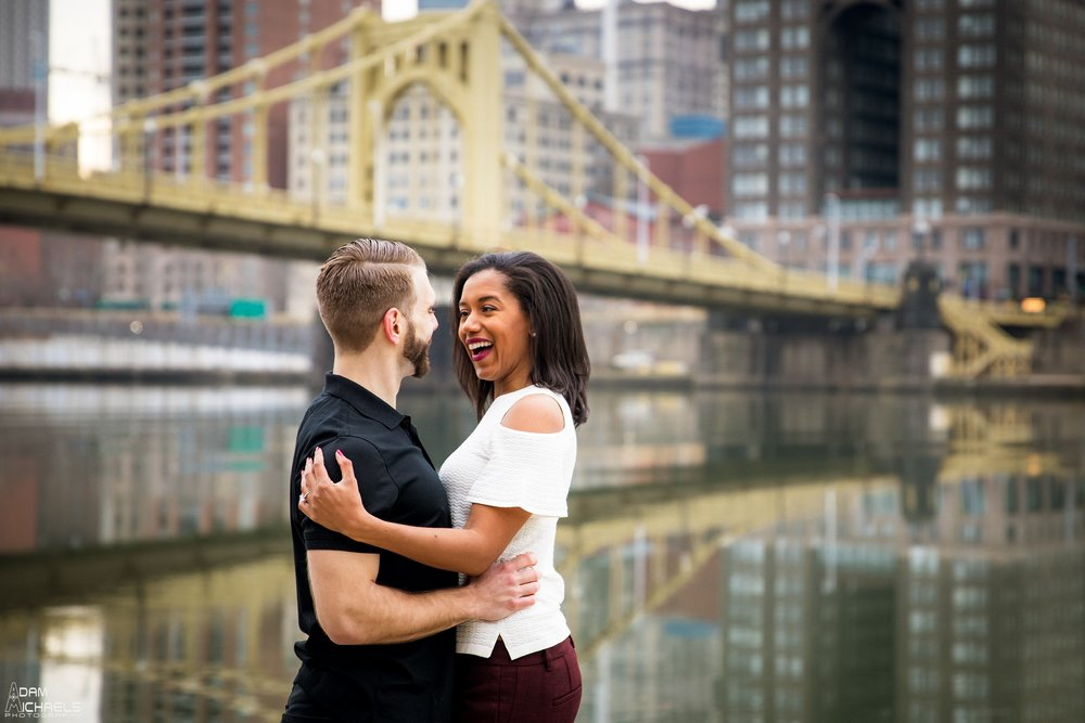 Clemente Bridge Beautiful Engagement Pictures_1855.jpg