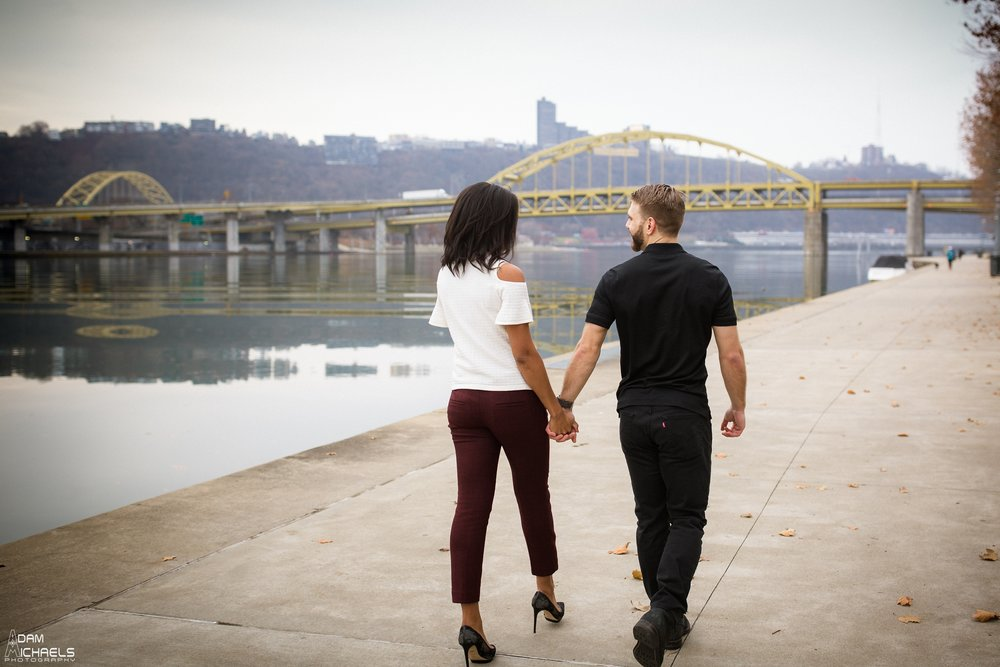 Clemente Bridge Beautiful Engagement Pictures_1857.jpg