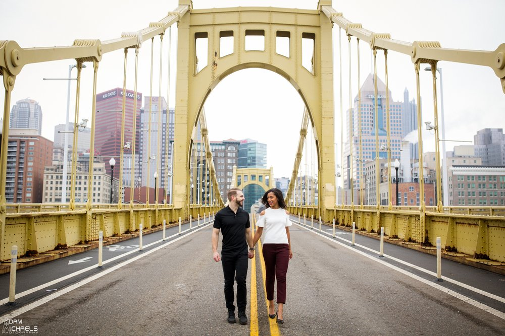 Clemente Bridge Beautiful Engagement Pictures_1858.jpg