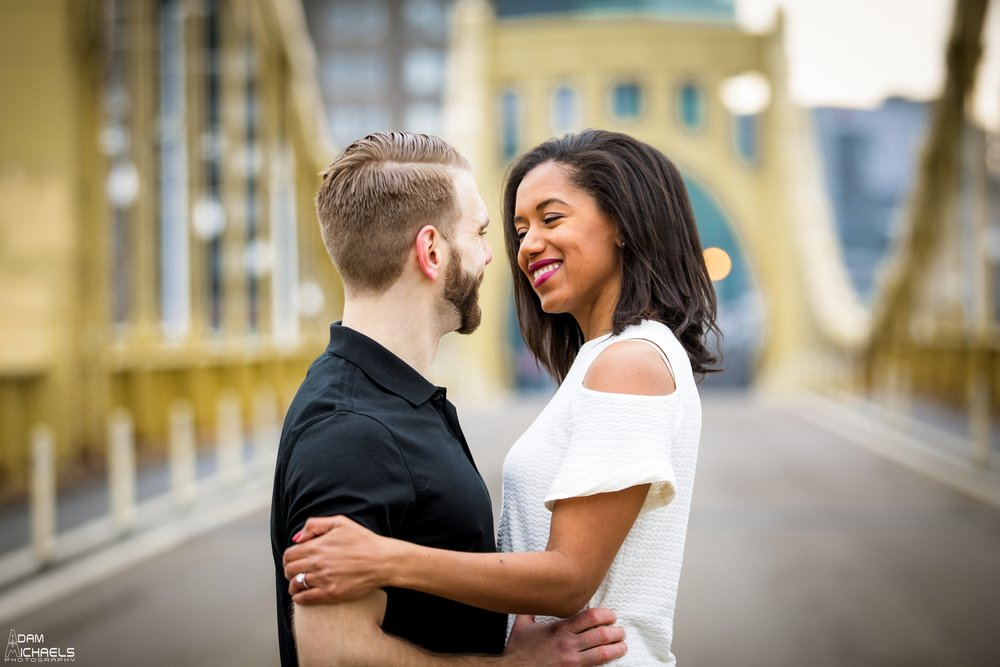 Clemente Bridge Beautiful Engagement Pictures_1860.jpg