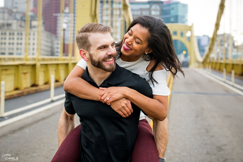 Clemente Bridge Beautiful Engagement Pictures_1863.jpg