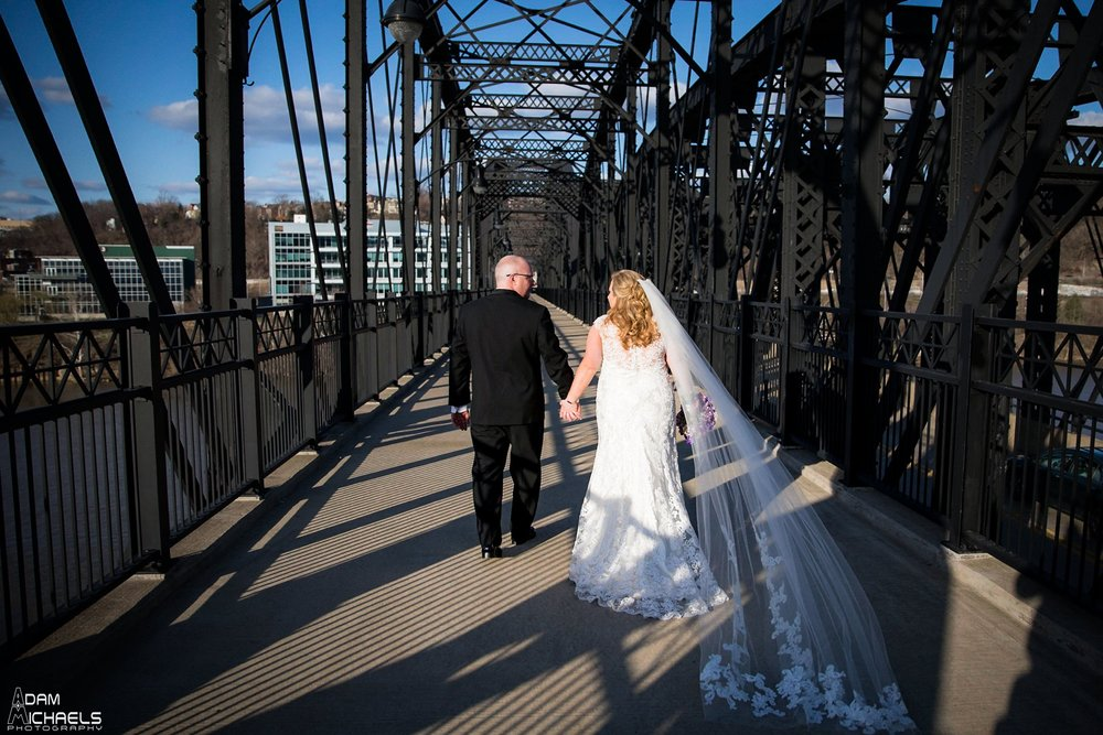 Hot Metal Bridge Circuit Center Wedding Pictures_2162.jpg