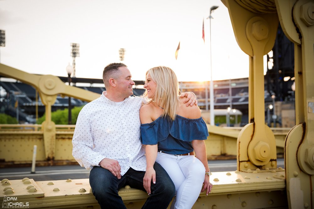 Clemente Bridge Engagement Pictures_2218.jpg