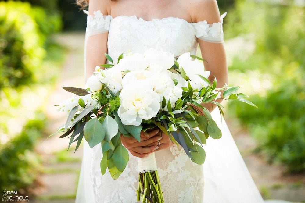Mellon Park Walled Garden Spring Wedding-67.jpg