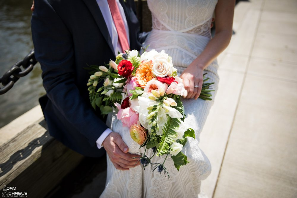 Clemente Bridge Pittsburgh Wedding Pictures_2299.jpg