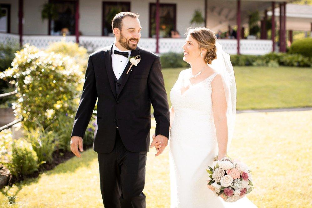 Conneaut Lake Hotel Wedding Portraits_2419.jpg