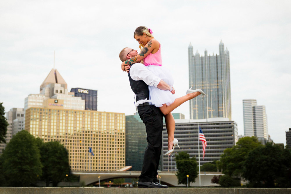 Pittsburgh Engagement Pictures-4.jpg