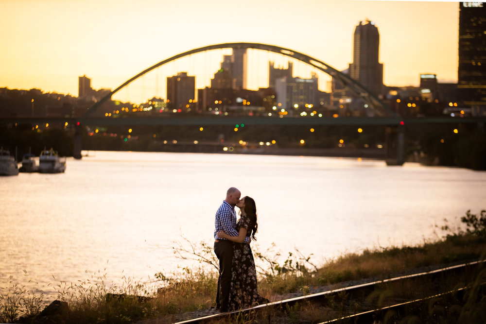 Pittsburgh Engagement Pictures-8.jpg