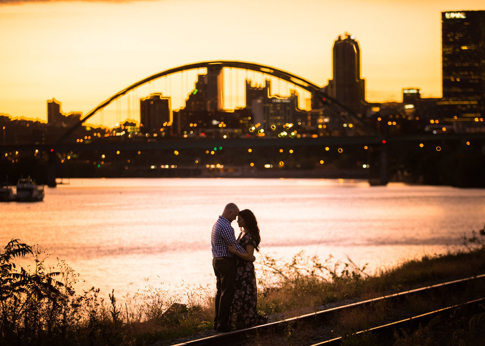 Pittsburgh Engagement Pictures-9.jpg