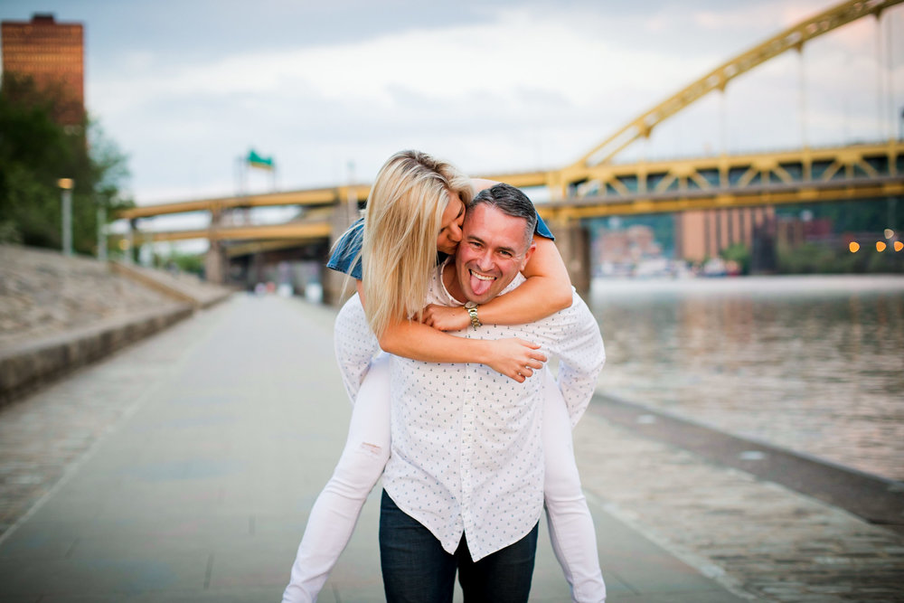 Pittsburgh Engagement Pictures-35.jpg