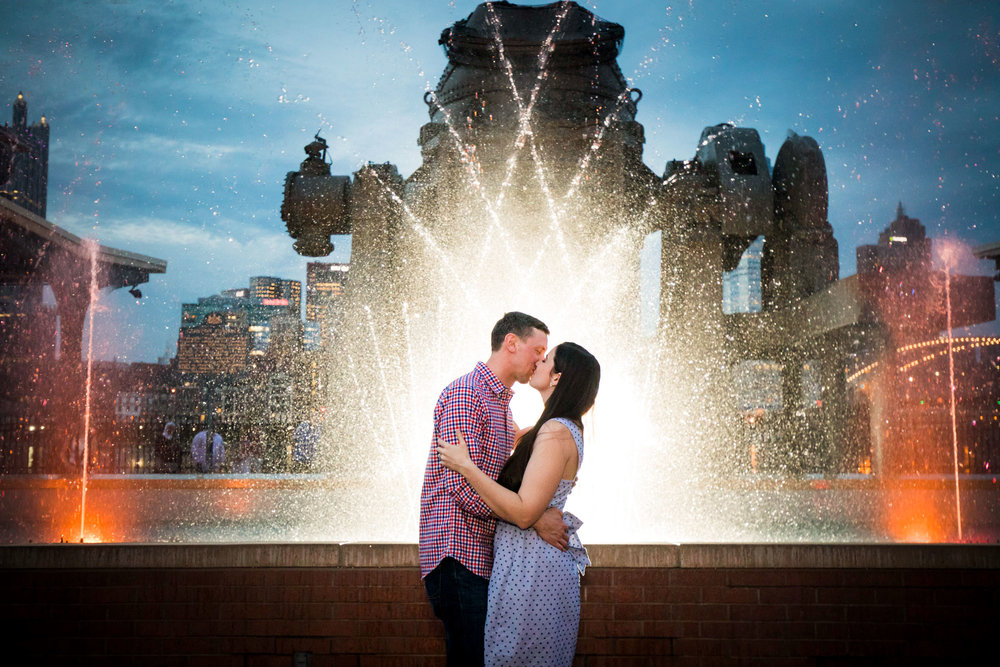 Station Square Duquesne Incline Wedding Engagement Picture locations-16.jpg