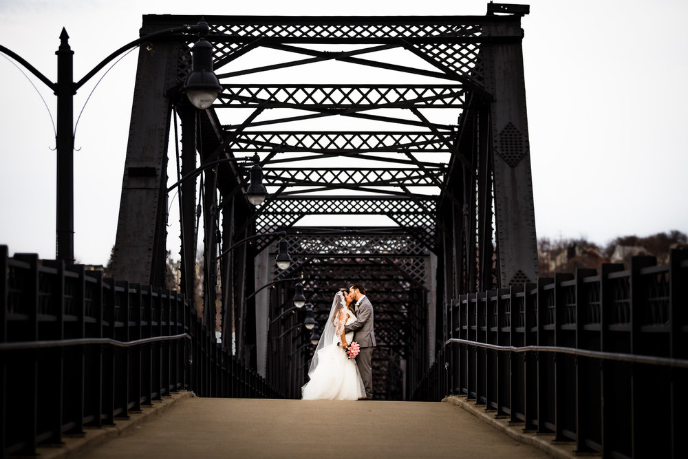 Southside Works Hot Metal Bridge Wedding Engagement Picture Locations-8.jpg