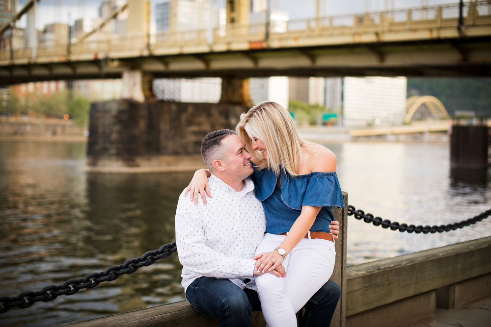 North Shore Clemente Bridge Wedding Engagement Picture Locations-32.jpg