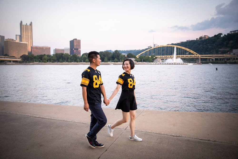 Heinz Field Pittsburgh Engagement Pictures_2575.jpg