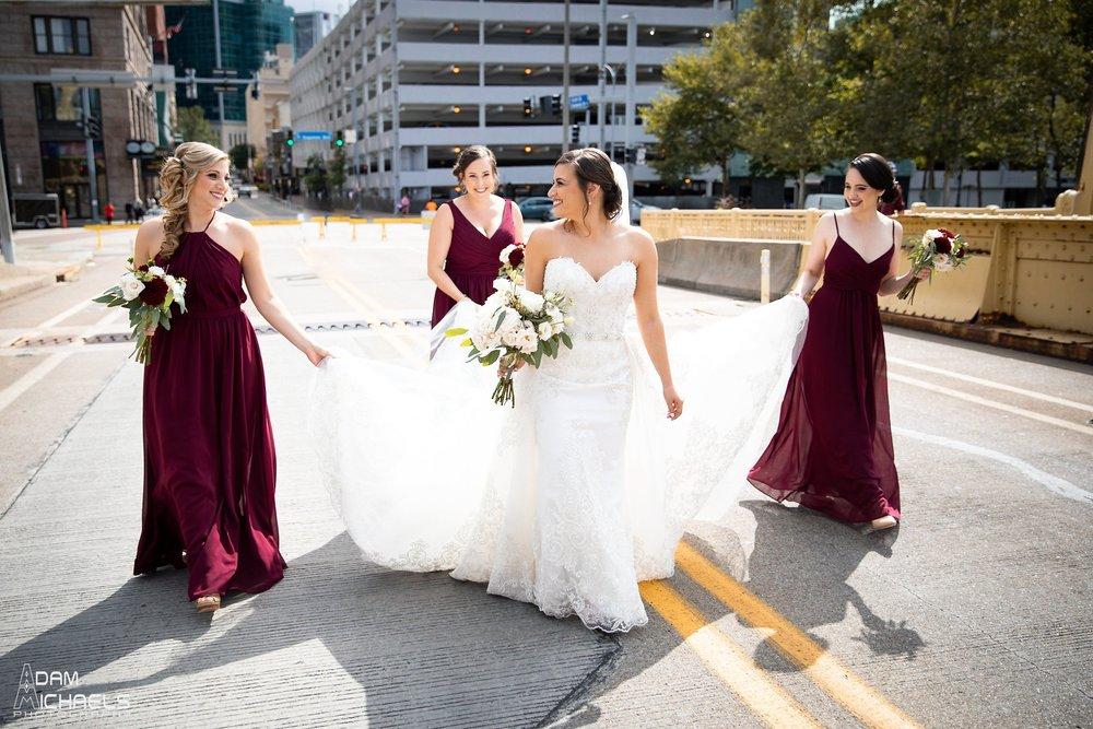 Pittsburgh Clemente Bridge Wedding Bridal Portraits _2591.jpg