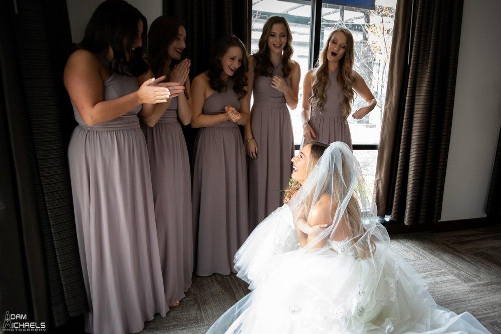 Hyatt North Shore Bride Wedding Getting Ready Pictures_2710.jpg