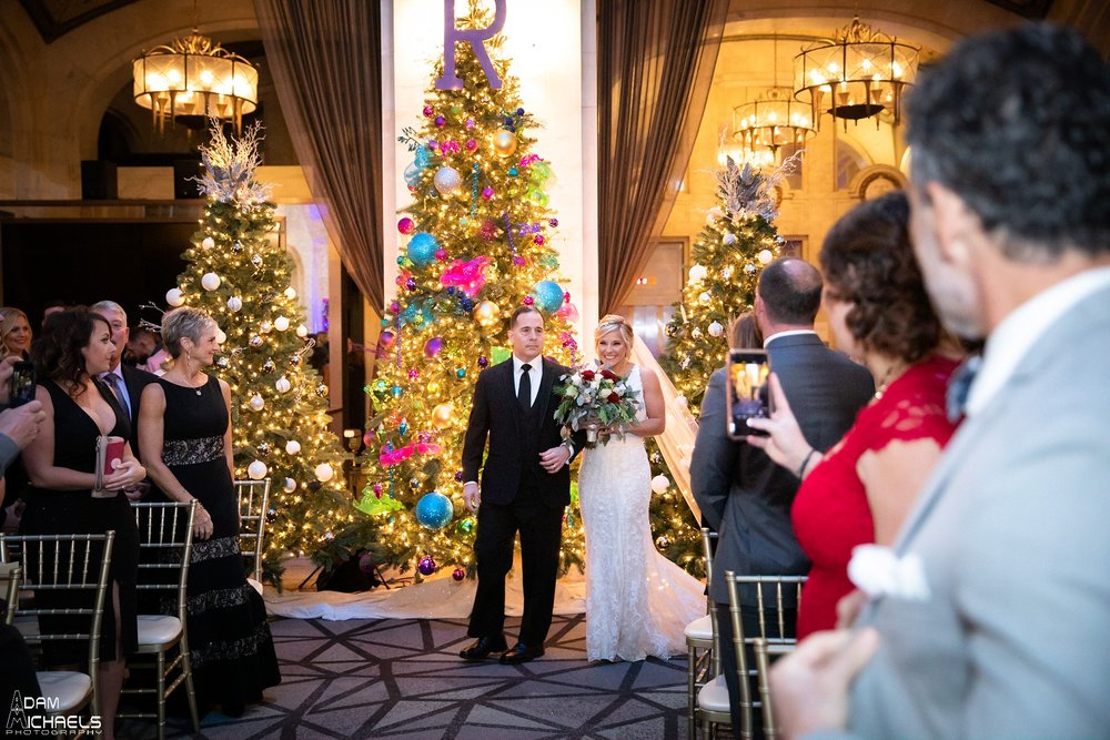 Pittsburgh Renaissance Hotel Wedding Ceremony Pictures_2916.jpg