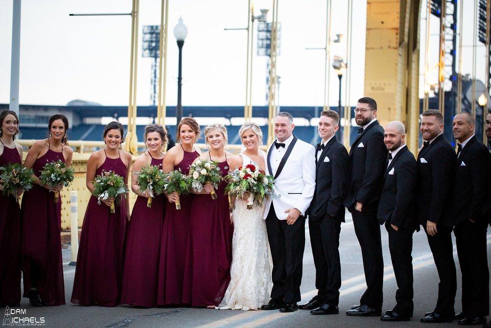 Pittsburgh Clemente Bridge Winter Wedding Pictures_2928.jpg