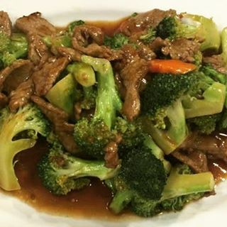 Nothing beats a good 'ol fashioned beef with broccoli #yummychinesefood