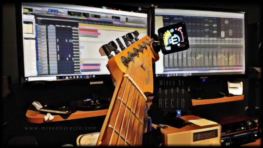 guitar-20181203-print.jpg