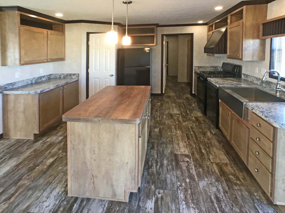 4211 Morningstar kitchen1.jpg