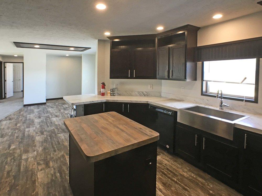4257 Morningstar kitchen2.jpg