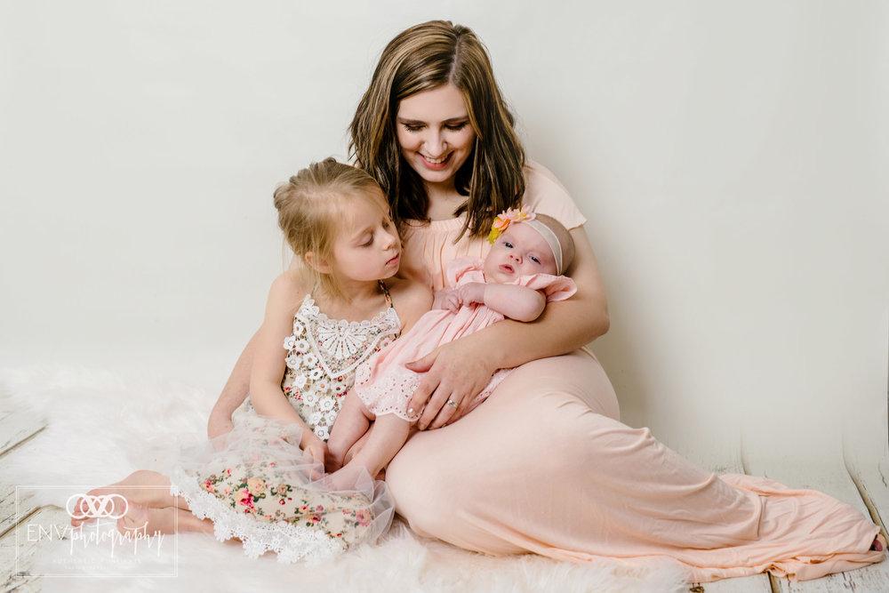 Mount Vernon Columbus Ohio Family Studio Photography (19).jpg