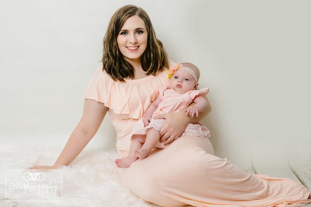 Mount Vernon Columbus Ohio Family Studio Photography (23).jpg