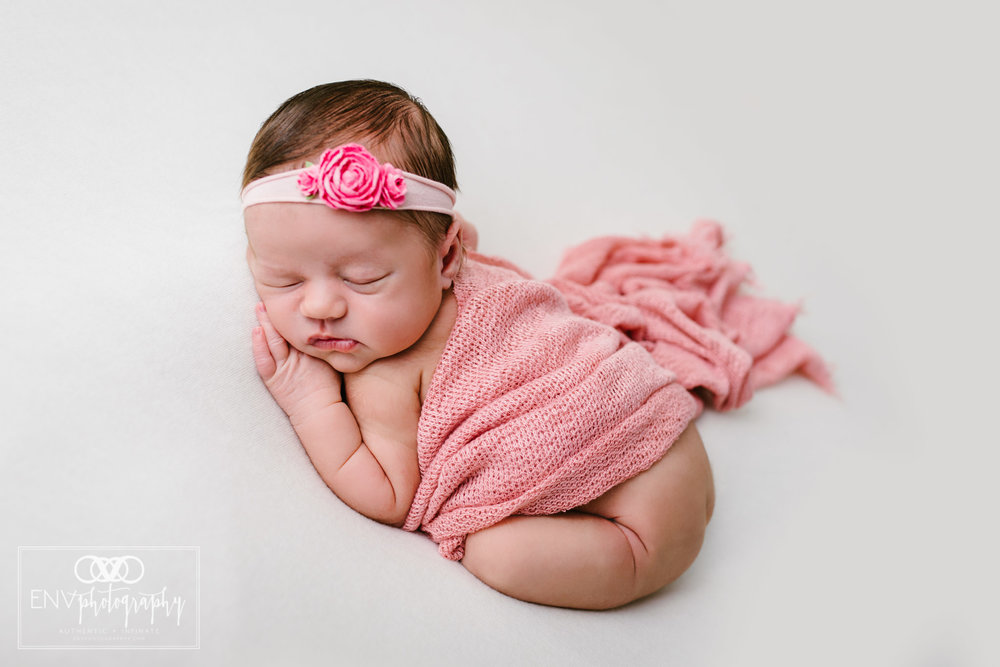 Mount Vernon Columbus Ohio Newborn Photographer Harlow (4).jpg