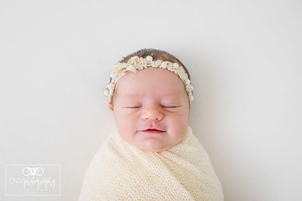 Mount Vernon Columbus Ohio Newborn Photographer Harlow (5).jpg