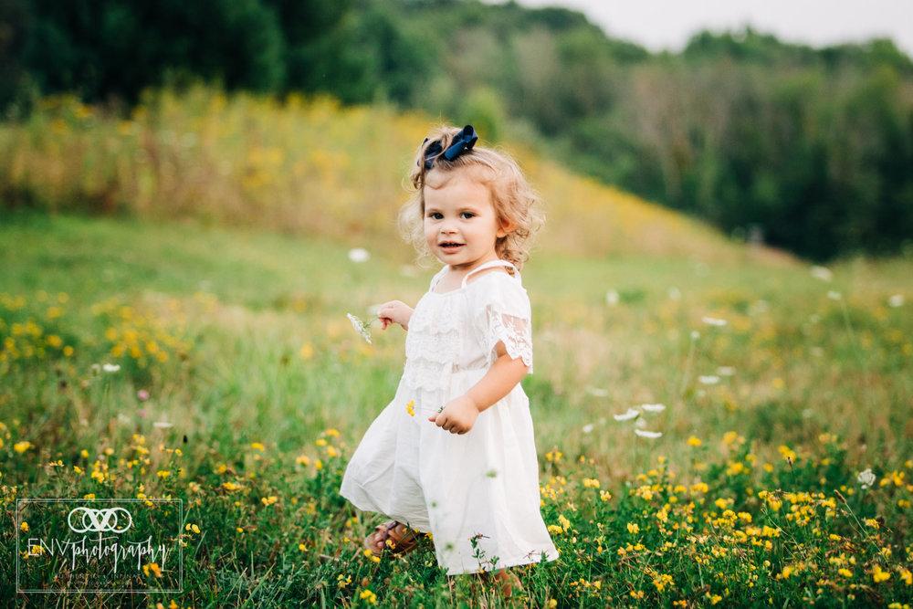 Mount Vernon Columbus Ohio Family Maternity Photographer (15).jpg