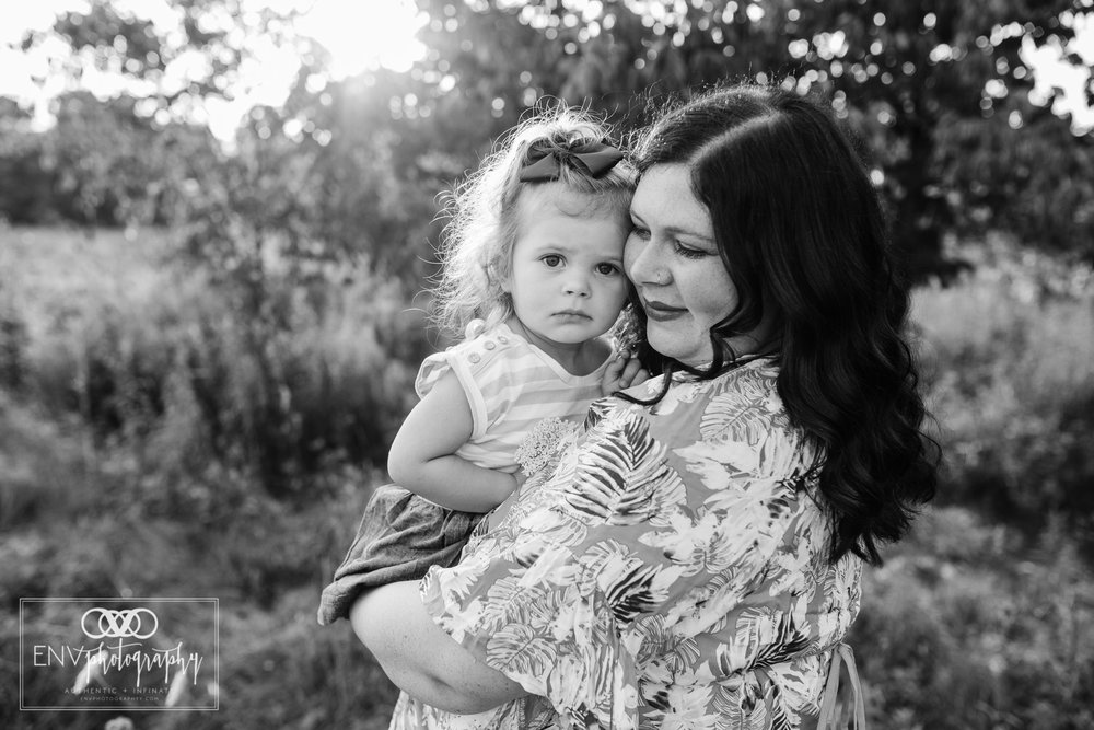 Mount Vernon Columbus Ohio Family Maternity Photographer (2).jpg