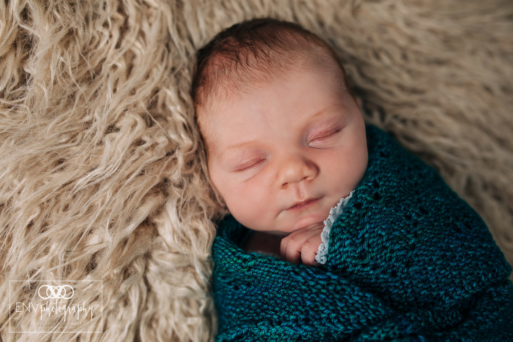 Mount Vernon Columbus Ohio newborn Photographer (3).jpg