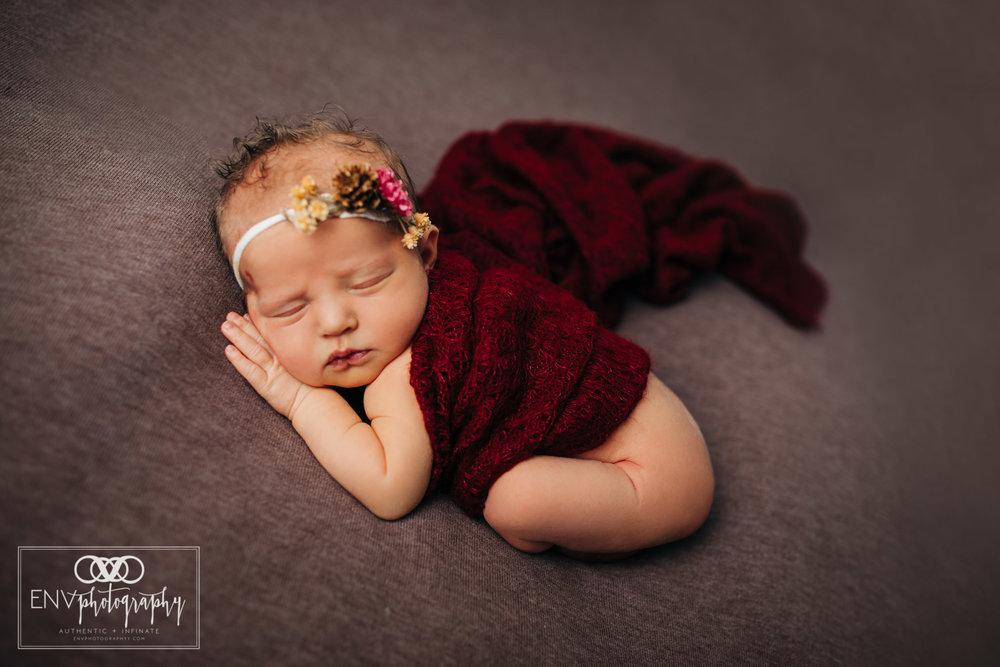 Mount Vernon Columbus Ohio newborn photographer photography in studio (7).jpg