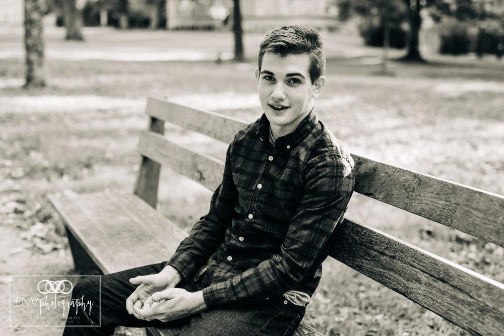 Mount Vernon Ohio Columbus Ohio Senior Portrait Photographer (18).jpg