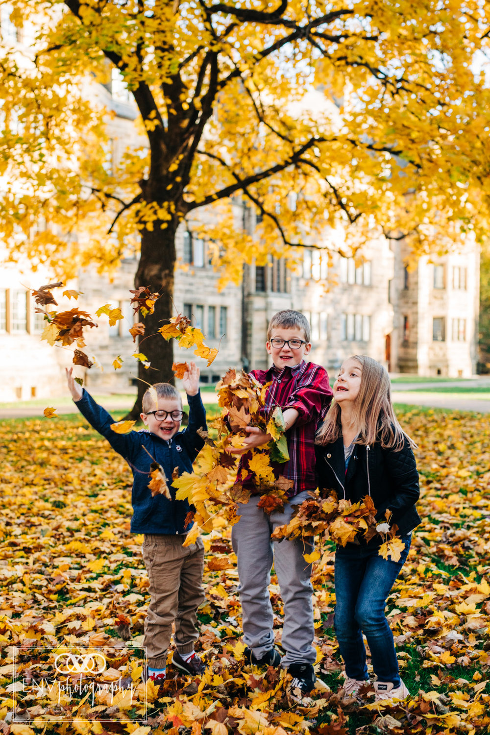 kenyon college columbus ohio fall family photography (8).jpg