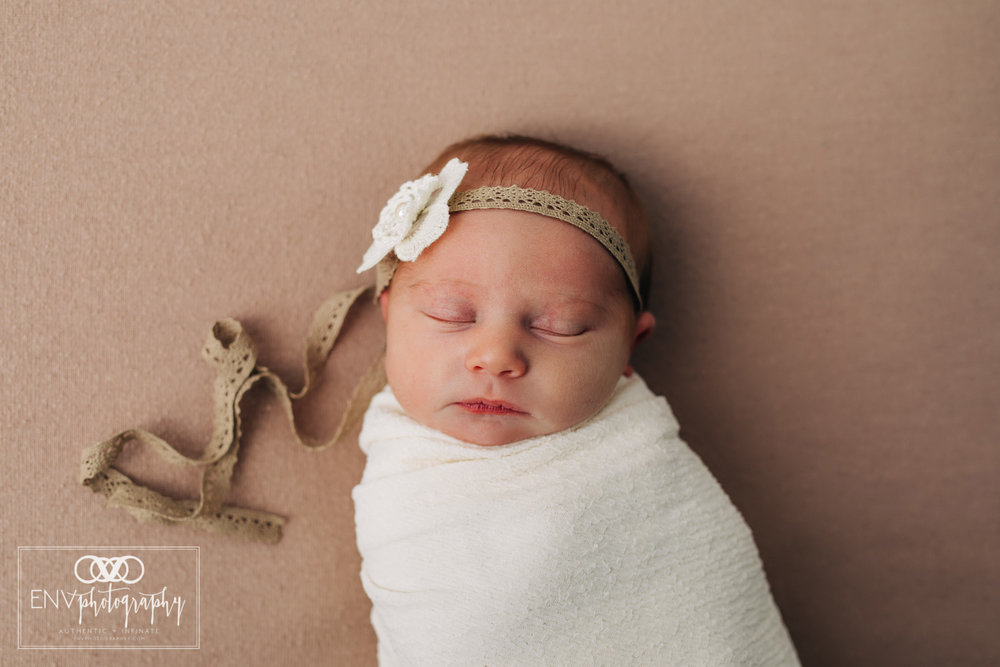 Mount Vernon Columbus Ohio Newborn Photographer (8).jpg