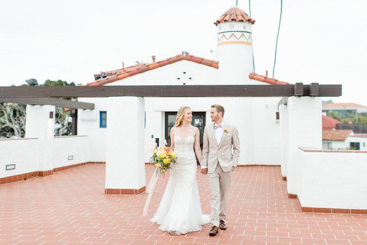 Ole hanson beach club wedding inspiration lovisa photo bride and groom at ole hanson beach club wedding in san clemente ca with wedding junglespirit Choice Image